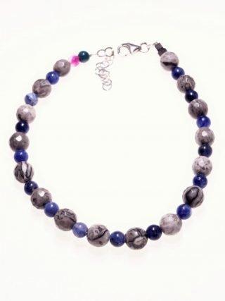 Bracciale pietre dure, blu grigie, argento, Shadow agata, sodalite bracciale con sfere di sodalite blu e agata fossile grigia, chiusura in argento con catenina per messa di misura.
