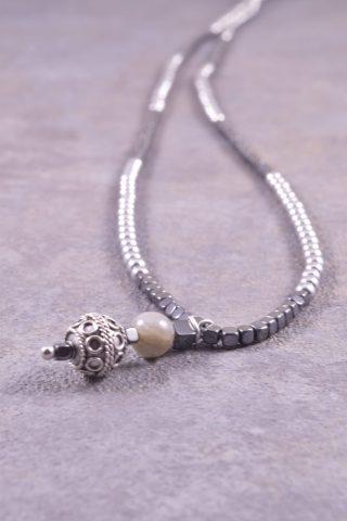 Collana lunga uomo, pietre dure, bead argento, grigio nera,