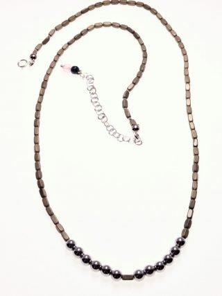 Girocollo ematite grigia e argento, pietre dure, argento, Milla