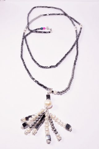 Collana longer, ematite e perle, Ag. 925 ciondolo