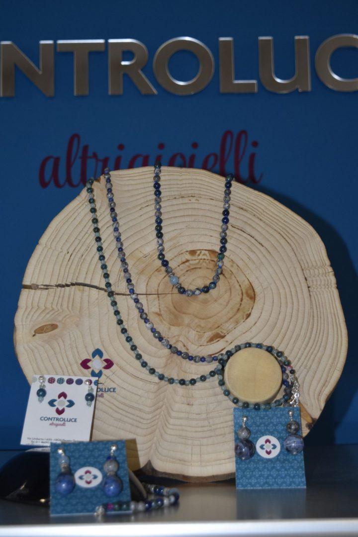lago grigio shop collane, bracciali, orecchini pietre dure e argento blu e grigie