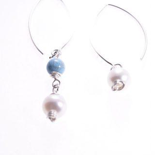 Orecchini perle pendenti disuguali, turchese, argento,