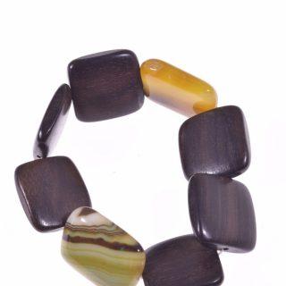 Bracciale legno quadrato pietre dure 2 agata gialla Linea Natural Collezione: bracciali-wood Bracciale elasticizzato legno tiger-ebony agata gialla