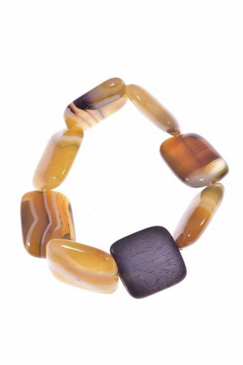 Bracciale pietre dure, agata gialla e legno quadratoLinea Natural Collezione: bracciali-woodBracciale elasticizzato rettangoli agata gialla e legno quadrato