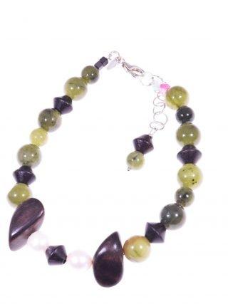 Bracciale donna, perle giada legno argento Linea Natural Bracciale giada verde canadese, perle coltivate, legno, chiusura argento.