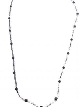 Collana lunga cubi e sfere, argento rutilato ematite Linea Shadow  collezione: Longer-shadow Collana 74 cm. grigio nera, argento e ematite.