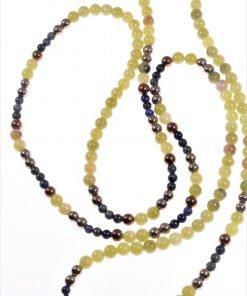 Collana lunga giada, verde blu Linea Milla   collezione: fili-fini Collana lunga sfere Ø 4 mm., giada canadese verde, lapislazzuli, ematite oro. Due lunghezze