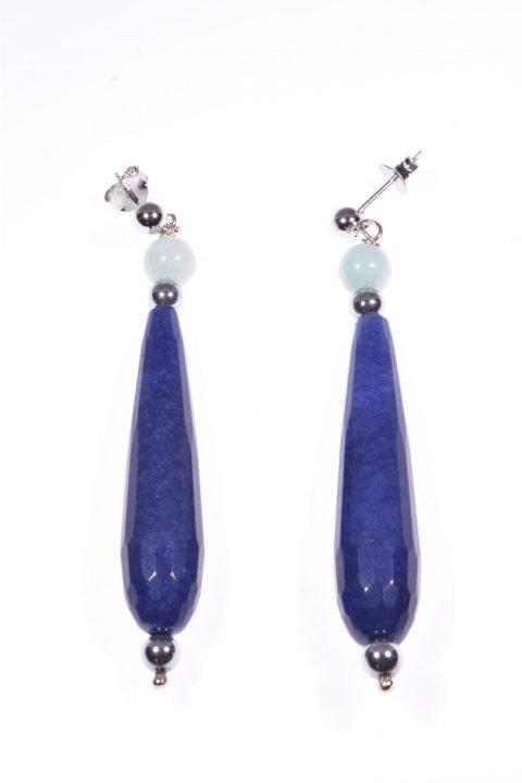 Orecchini goccia blu, avventurina e argento Linea: P.blu  Collezione: BluBasic Orecchini pendentia goccia blu, montatura in argento 925