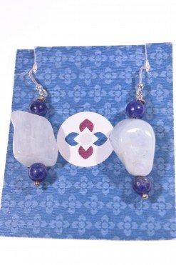 Orecchini sasso acquamarina sodalite, argento collezione Blubasic Orecchini acquamarina a sasso, sodalite blu e pompeiana argento.