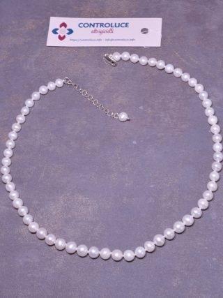Filo perle 7/7,5 mm, freshwater AAA, sferiche, minime imperfezioni, ottimo oriente, coltivate in acqua dolce, chiusura moschettone e catenina in argento 925