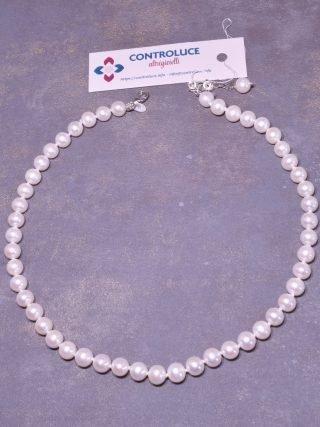 Filo perle 6,5/7 mm, freshwater AAA, sferiche, minime imperfezioni, ottimo oriente, coltivate in acqua dolce, chiusura moschettone e catenina in argento 925