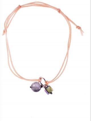 Bracciale cordino rosa, agata fossile Bracciale con doppio cordino colore rosa, centrale anellino argento con sfera grigia e cubo ematite S/S-19 summer
