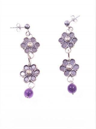 Orecchini argento, fiori e ametista Linea: ShadowOrecchini pendenti 2 fiori in argento anticato e sfera ametista, dark jewels, fiori, gotic. spirituale