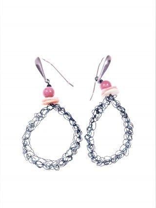 Orecchini uncinetto ovali, ottanio, argento Orecchini ovale in filo di rame Ottanio lavorato con l'uncinetto, chiusura in argento rodiato, rodonite rosa.